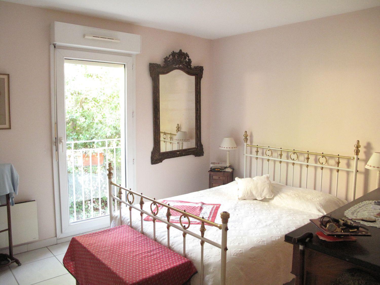 Apartment 14700