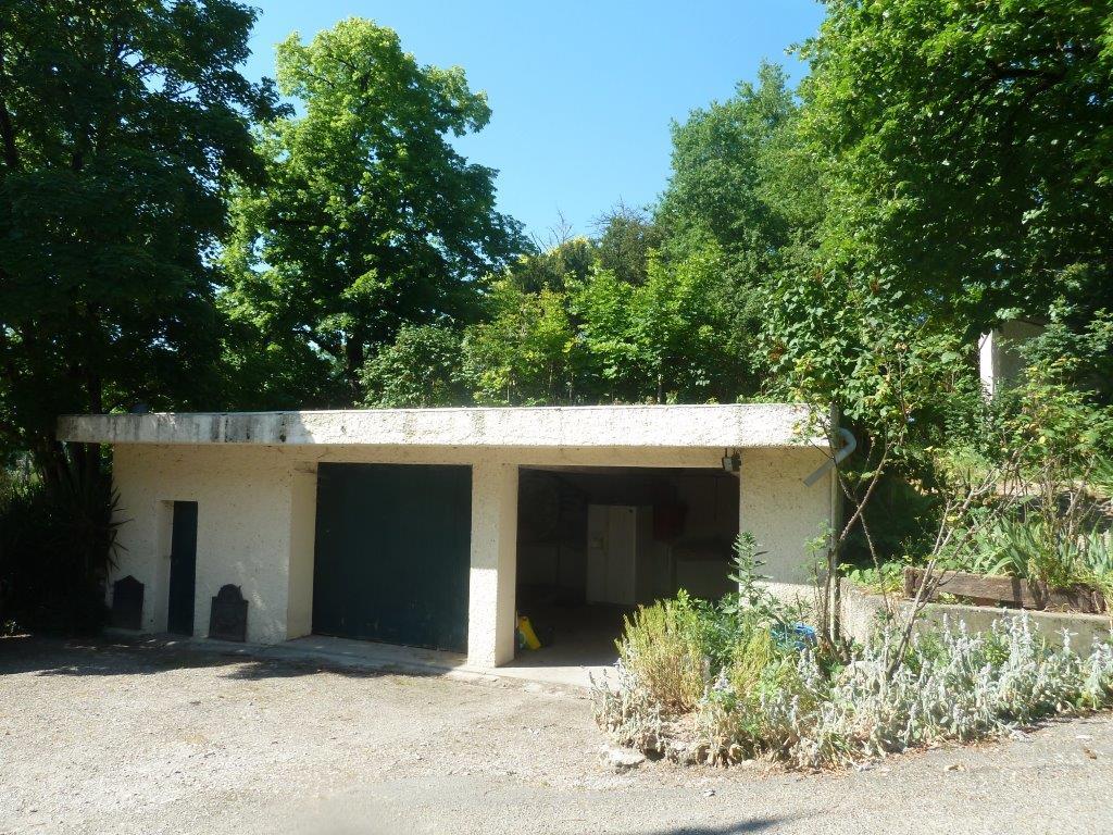 Property 02820
