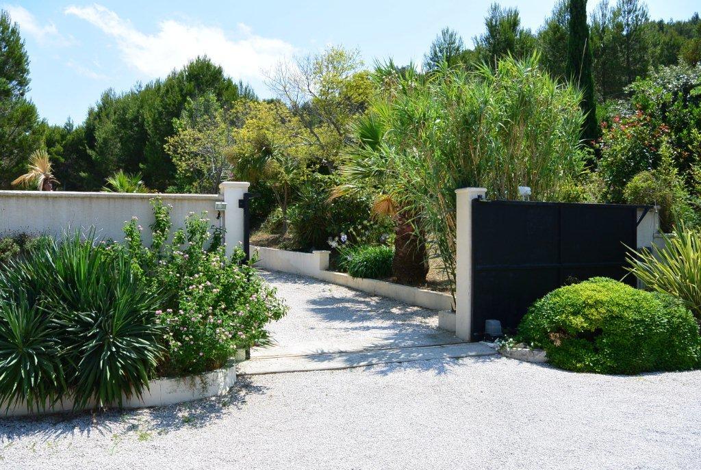 C te d 39 azur sublieme neo proven aalse gelijkvloerse villa 200 m op m grond met - Provencaalse terras ...