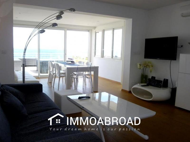 Apartment 83700