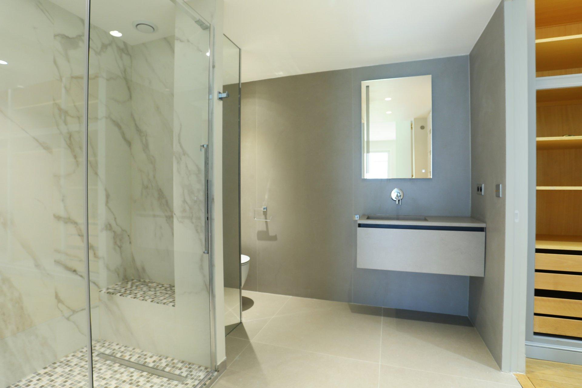 80 m2 2 zimmer apartment zu verkaufen. Black Bedroom Furniture Sets. Home Design Ideas