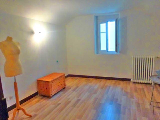 房产 09200