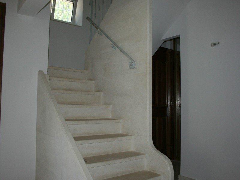 Op het platteland in de buurt van het dorp woning gebouwd in 1990 de ontwikkeling van een - Keuken ontwikkeling m ...