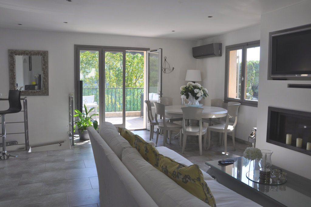 Property 06220