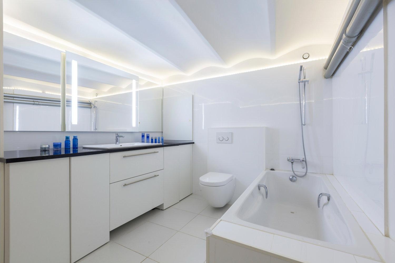 Apartment 06000