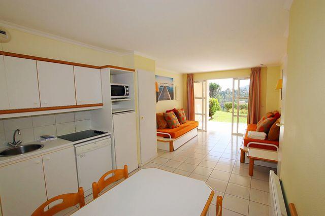 Apartment 83530